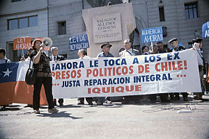 DemonstrantInnen in Chile März 2004